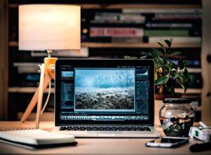julieschooler.com - media - Computer Image